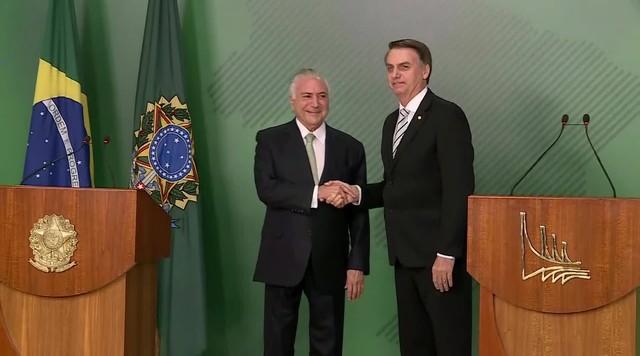 Jair Bolsonaro e Michel Temer falam sobre a transição presidencial