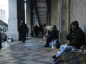 Moradores de rua viaduto da duque Borges de Medeiros Porto Alegre rs (Foto: Joyce Heurich/G1)