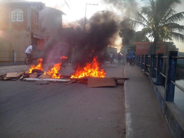 Manifestação em Macaé (Foto: Cristiano Moraes/Divulgação)