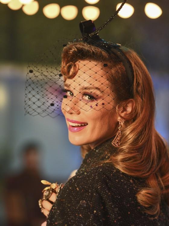 De férias, Mariana Ximenes pode ser vista em D.P.A. - O filme, que está em cartaz nos cinemas  (Foto: Daniel Chiacos)