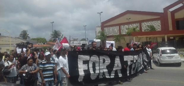 Evento com Michel Temer em Maceió acontece sob protesto (Foto: Hágata Christye/G1)