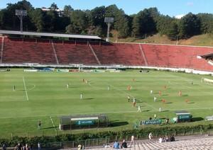 Tupynambás x Nacional de Muriaé, Mário Helênio, Juiz de Fora, Campeonato Mineiro, Módulo II (Foto: Vágner Tolendato)