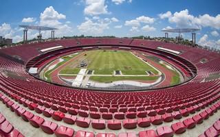 Gramado do estádio do Morumbi está sendo reformado para a temporada 2016 (Foto: Igor Amorim /  site oficial do SPFC)