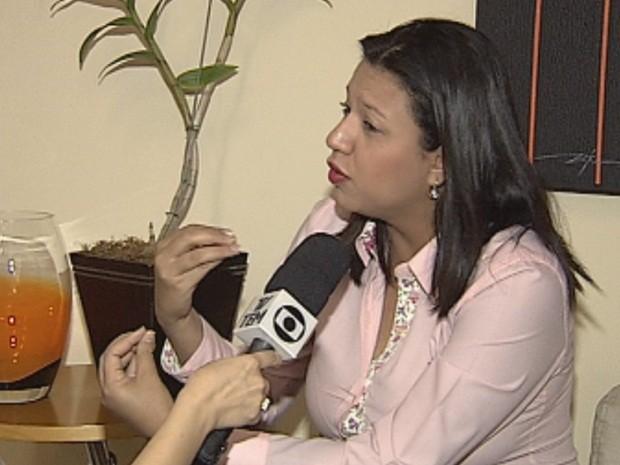 Katiúscia Cláudia Silva dos Reis, jornalista de Bauru poradora de lúpus (Foto: reprodução/TV Tem)