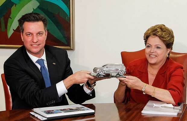 Thomas Schmall e Dilma Rousseff (Foto: Roberto Stuckert Filho / PR)