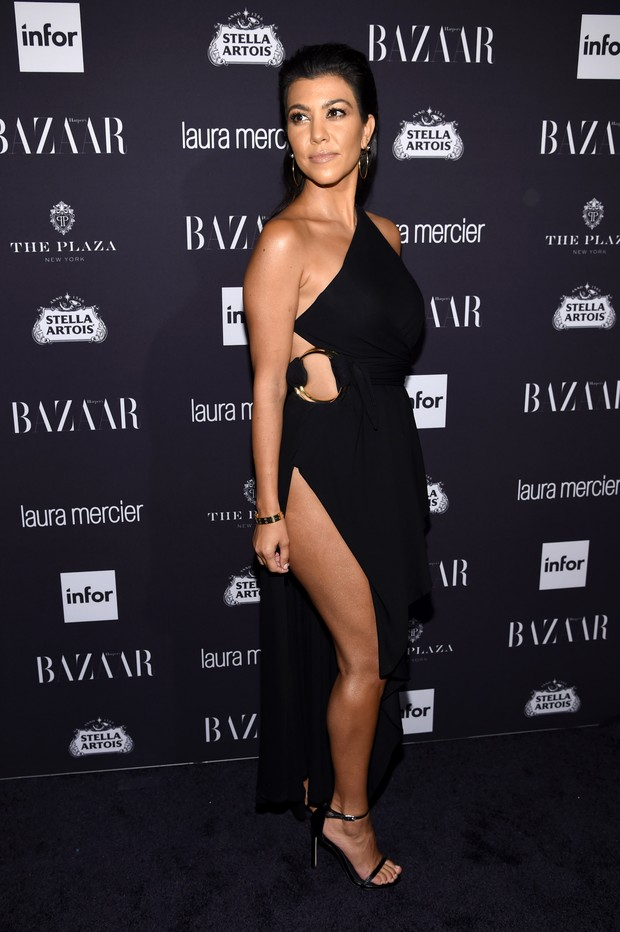 Kourtney Kardashian em festa em Nova York, nos Estados Unidos (Foto: Dimitrios Kambouris/ Getty Images/ AFP)