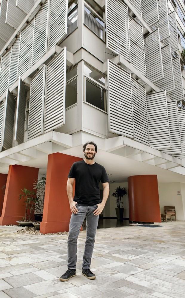 Fernando Forte e edifício Abaeté (Foto: Mariana Pekin / Editora Globo)