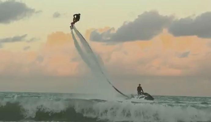 Flyboard, João Pessoa, Paraíba (Foto: Reprodução / TV Cabo Branco)