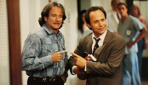 Robin Williams e Billy Crystal já haviam trabalhado juntos antes de 'Um Dia, Dois Pais' (1997) (Foto: Divulgação/Reprodução)