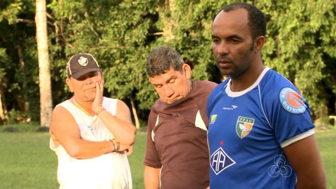 Ismael Gomes, técnico do Atlético-AC (Foto: Reprodução/TV Acre)
