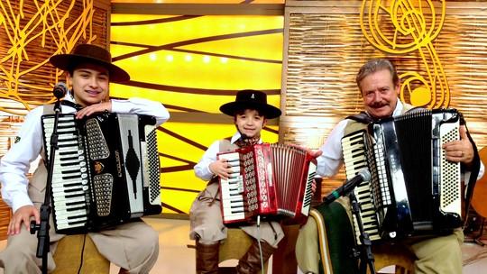Antes do 'The Voice Kids', Thomas Machado participou de programa de música regionalista do RS