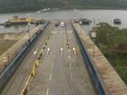 Serviço de travessia de balsas entre Guarujá e Bertioga é normalizado