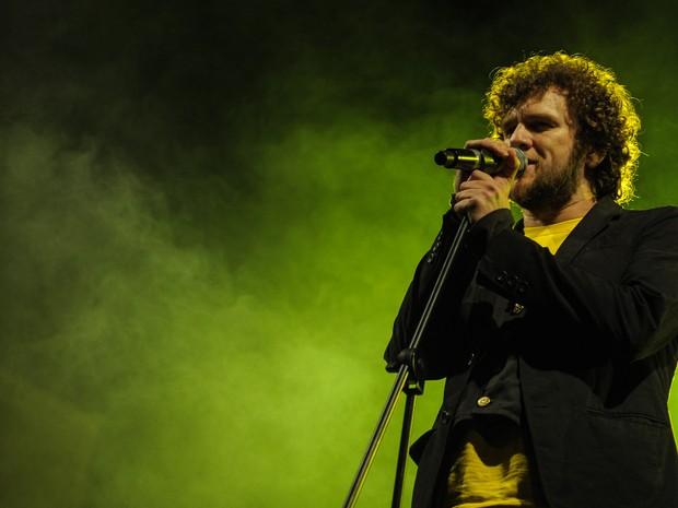 DOMINGO (19) - Otto encerrou as apresentações no Palco da Rua 25 de Março (Foto: Flávio Moraes/G1)