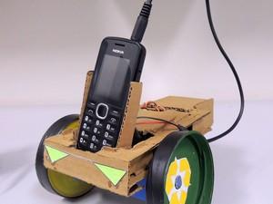 Versão ecológica do N-Bot (Foto: Felipe Gibson/G1)