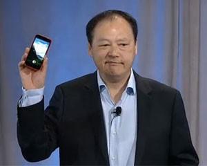 Peter Chou, presidente-executivo da HTC, apareceu no evento para anunciar o aparelho chamado HTC First (Foto: Reprodução)