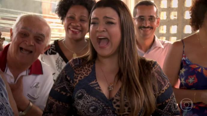 Preta diz que faz todas as vontades da filha (Foto: TV Globo)