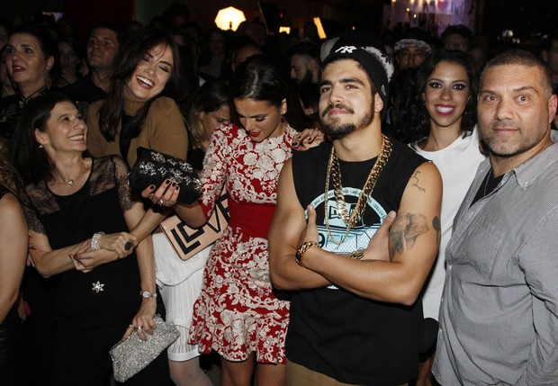 Elenco de I love Paraisópolis em festa em São Paulo (Foto: Celso Tavares/ EGO)