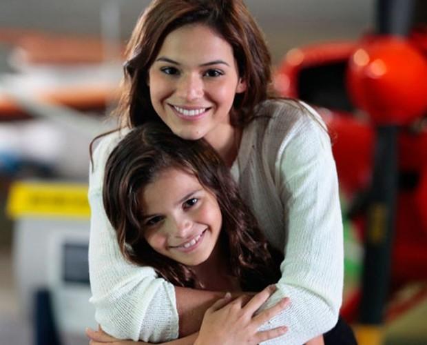 Bruna Marquezine e a irmã Luana em foto mais recente (Foto: Pedro Curi / Gshow)
