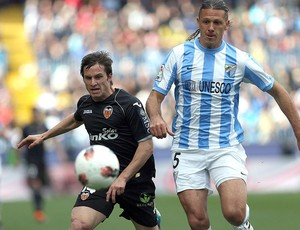 Pablo Piatti e Martín Demichelis, Málaga x Valencia (Foto: EFE)