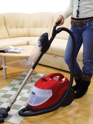Mulheres gastam o triplo do tempo em tarefas domésticas em relação aos homens (Foto: Rissmu/Stock.xchng)