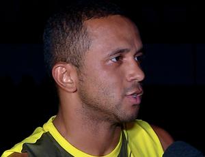 Meia Rogerinho espera fazer estreia pelo ABC (Foto: Reprodução/Inter TV Cabugi)