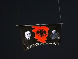 Droner, Servia X Albânia (Foto: Agência Reuters)