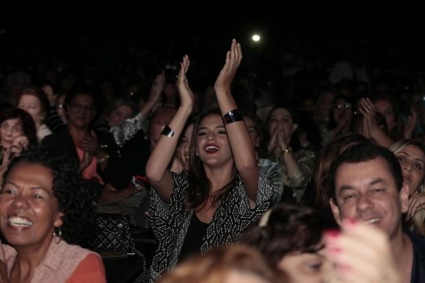 Famosos vão a show de Tiago Abravanel, no Rio (Foto: Isac Luz/EGO)
