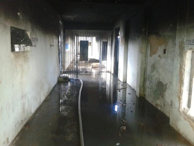 Perícia Criminal fez inspeção na Penitenciária Mista de Parnaíba (Foto: Divulgação/Sinpoljuspi)