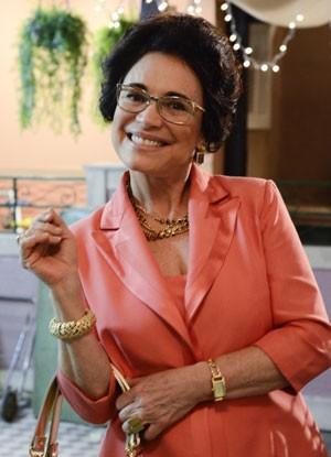 Regina Duarte vive juíza em A Grande Família (Foto: TV Globo / Raphael Dias)