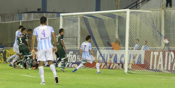 Gol de Juninho, macaé x luverdense (Foto: Tiago Ferreira / Macaé Esporte)
