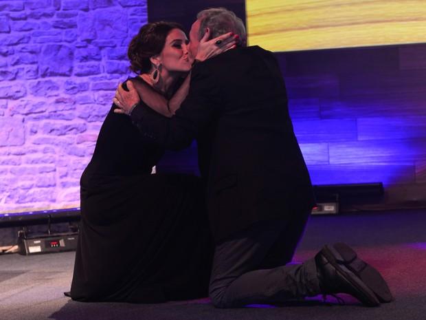 Giovanna Antonelli com Stênio Garcia em prêmio no Rio (Foto: André Muzell/ Ag. News)
