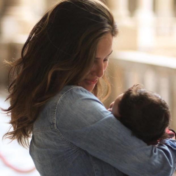 Yanna Lavigne a filha, Madalena (Foto: Reprodução/Instagram)