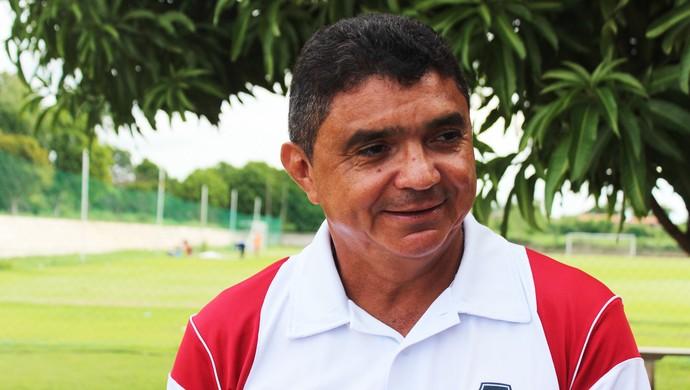 Flávio Araújo, treinador do River-PI (Foto: Josiel Martins/Globoesporte.com)