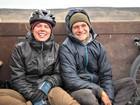 Ciclista sueco atropelado deixa hospital no AC e deve voltar a Suécia