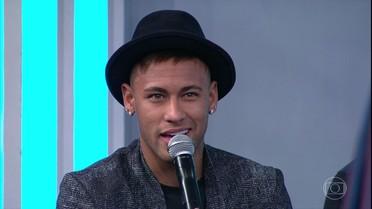 Neymar revela que está solteiro