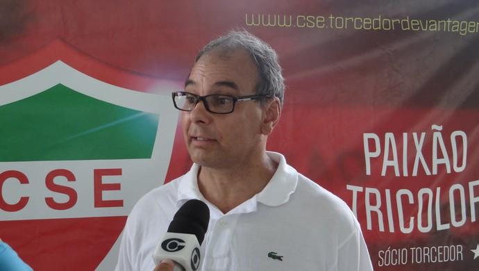 Moacir Pereira, técnico do CSE (Foto: Leonardo Freire/GloboEsporte.com)