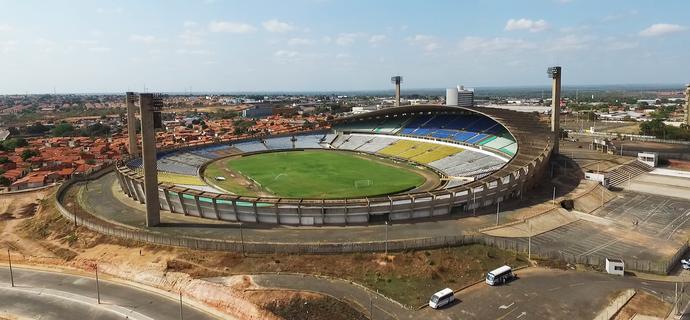 Estádio Albertão, em Teresina (Foto: Magno Bonfim/Drone )