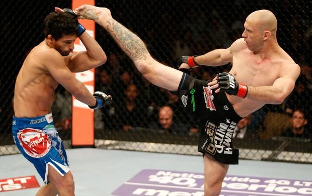 UFC Adriano Martins e Donald Cerrone (Foto: Agência Getty Images)