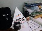 PM apreende drogas e procura por suspeito de crimes em Divinópolis
