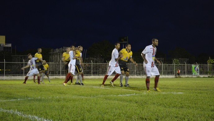 São Paulo vence o Santana e está na final do segundo turno do Amapazão (Foto: Jonhwene Silva/GE-AP)