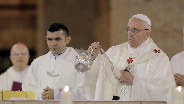 Papa Francisco celebra missa na Basílica de Aparecida (Foto: Eliária Andrade / Agência O Globo)
