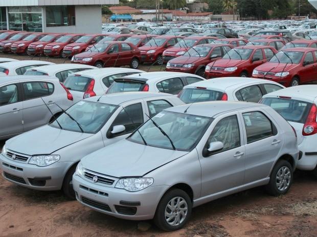 Veículos eram furtados de pátio da concessionária por funcionário (Foto: Gabriela Pavão/ G1 MS)