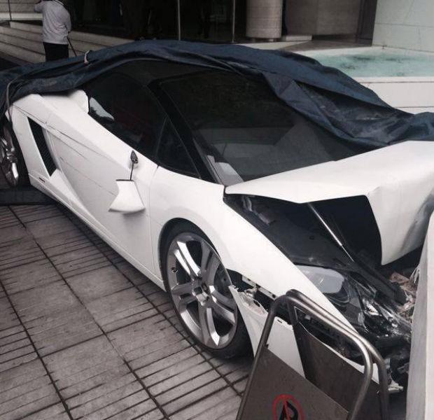 07a4dc23119 Manobrista bate Lamborghini Gallardo Spyder na Índia - AUTO ESPORTE ...