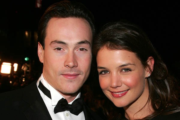 Chris Klein e Katie Holmes (Foto: Getty Images)