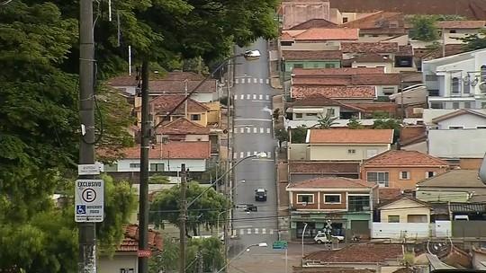 Família é feita refém em casa e criança é agredida em São Manuel