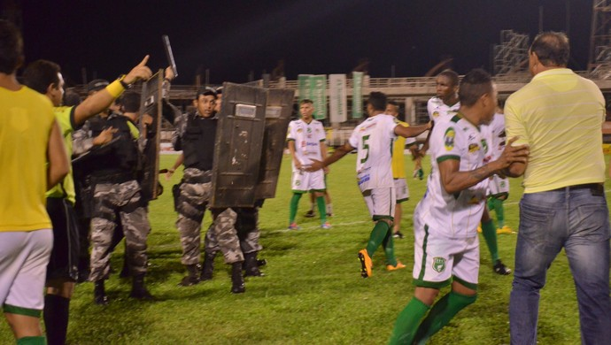 Tapajós x Gavião (Foto: Michael Douglas/GloboEsporte.com)
