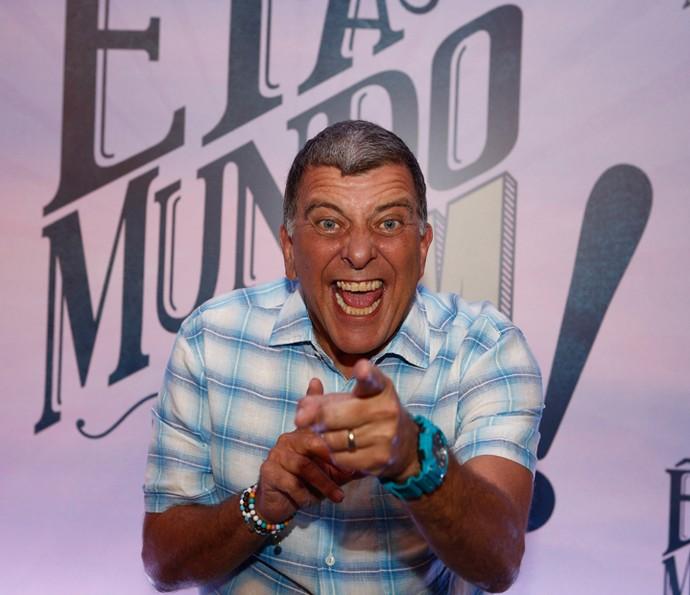Jorge Fernando convida você a assistir 'Êta Mundo Bom!' (Foto: Inácio Moraes/Gshow)