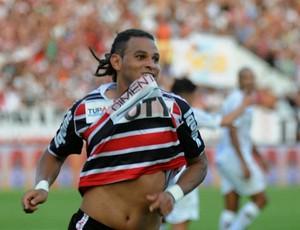 santa cruz x sport dênis marques (Foto: Aldo Carneiro / Pernambuco Press)