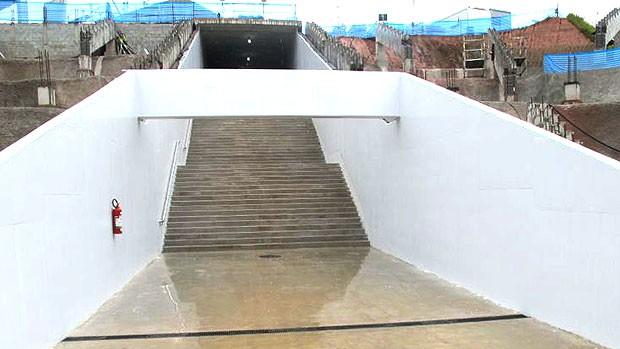 túnel para o gramado na Arena do Corinthians obras (Foto: Leandro Canônico / Globoesporte.com)