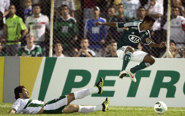 Juninho Palmeiras (Foto: Ernesto Rodrigues / Ag. Estado)